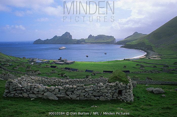 Village bay, St Kilda, Outer Hebrides, Scotland, UK  -  Dan Burton/ npl
