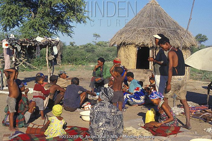 Bushman camp in Bushmanland, Namibia  -  Jouan & Rius/ npl