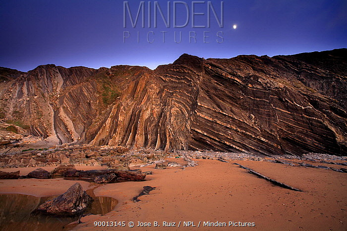 Folded rocks in the cliffs of Barrika Beach, Bilbao, Basque Country, Spain  -  Jose B. Ruiz/ npl