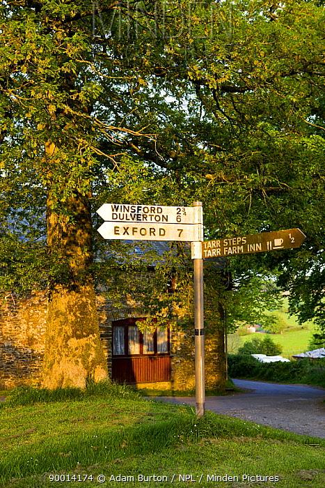 Signpost for Tarr Steps within Exmoor NP, Somerset, UK  -  Adam Burton/ npl