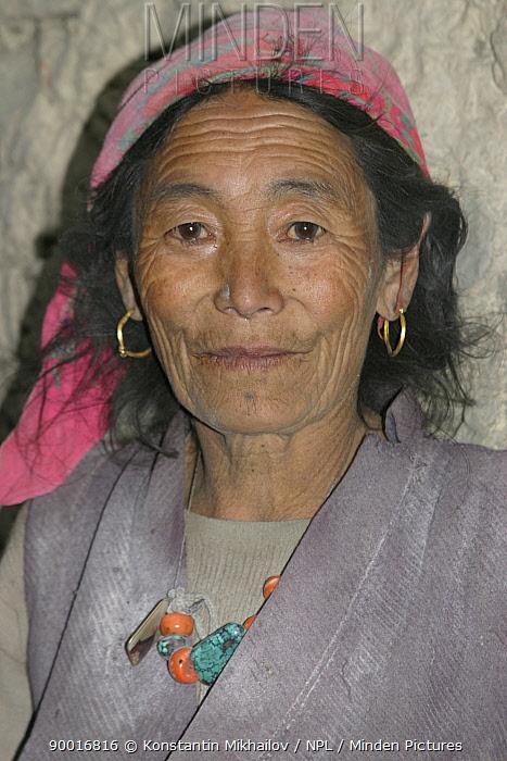 Tibetan woman from the Lower Mustang Plateau, Nepal  -  Konstantin Mikhailov/ npl