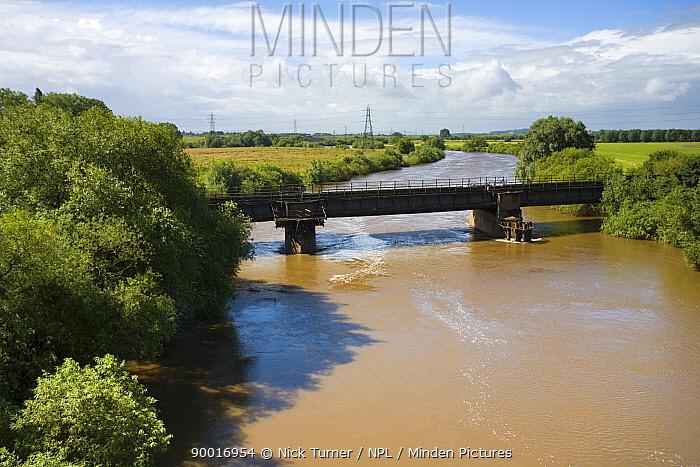 River Severn in spate at Over Bridge, Gloucester after torrential rain of June 2007  -  Nick Turner/ npl