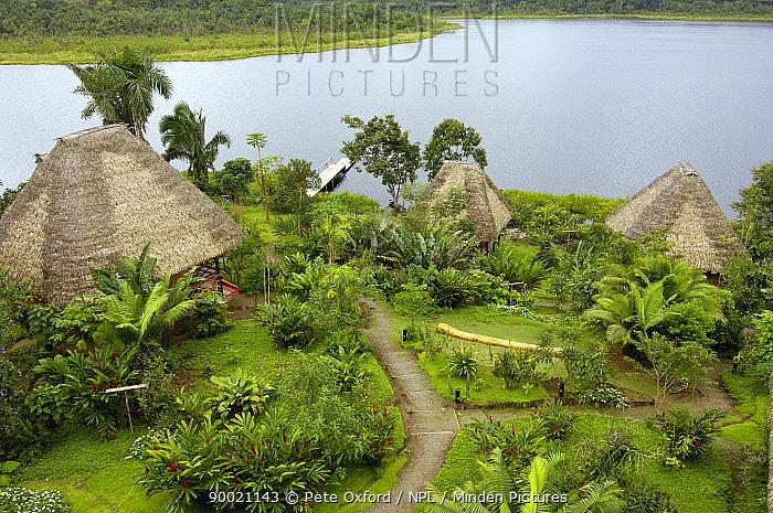 Napo Wildlife Centre Lodge, A�angu Lake, Yasuni National Park, Amazonia, Ecuador  -  Pete Oxford/ npl