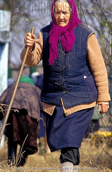 Village woman, Olga Ivanovna Balakhonova, at Chukhrai, Bryansk Province, Russia  -  Igor Shpilenok/ npl