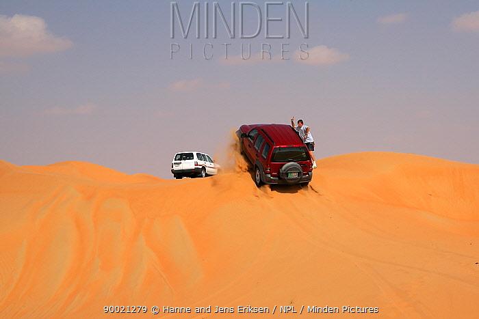 4x4 vehicle sand dune driving, Liwa, UAE  -  Hanne & Jens Eriksen/ npl