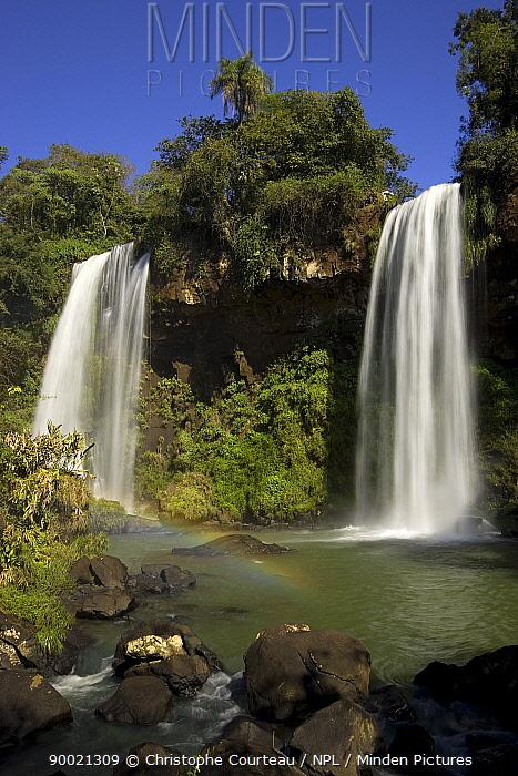 The Two Sisters Falls, Iguazu NP, Argentina  -  Christophe Courteau/ npl