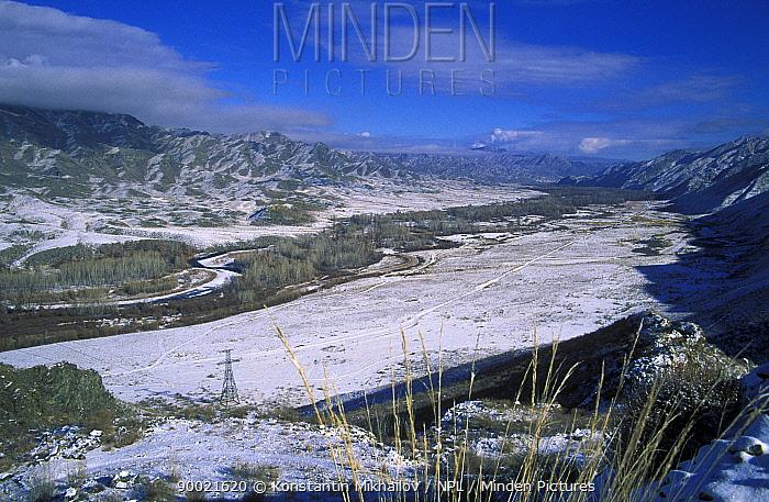 Steppe-desert valley of river Khemchik (Yenisei's tributary) S Siberia, Tuva Republic, Russia, 2001  -  Konstantin Mikhailov/ npl