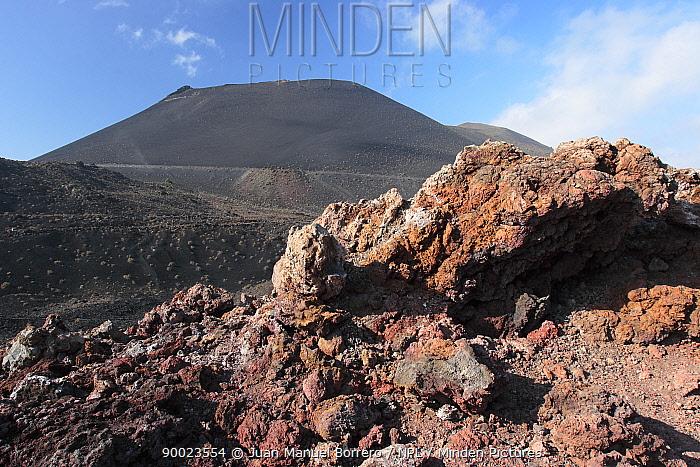 Rocky volcanic landscape with St Antonio volcano in the background La Palma, Canary Islands  -  Juan Manuel Borrero/ npl