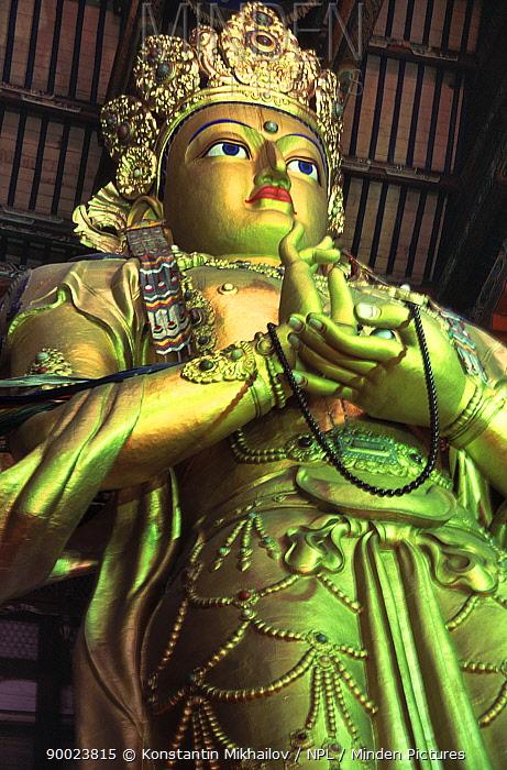 Statue in Buddhist monastery, Gangam, Ullan-Baator, Mongolia  -  Konstantin Mikhailov/ npl