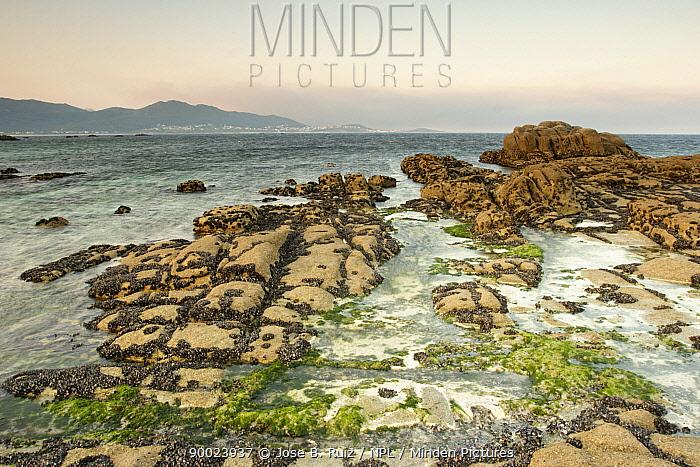 Rocky coastline at Carnota, Costa da Morte, Galicia, Spain  -  Jose B. Ruiz/ npl
