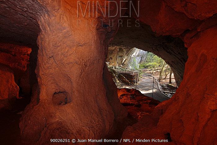 Small chamber in the Cave of Zugarramurdi, Navarra, Spain  -  Juan Manuel Borrero/ npl