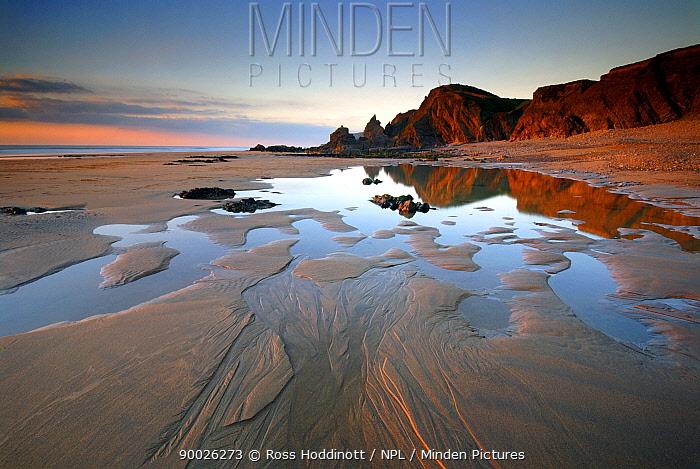 Sandymouth Bay, beach at low tide in evening light, near Bude, Cornwall, UK February 08  -  Ross Hoddinott/ npl