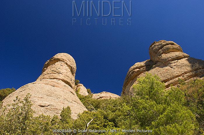 Rock formations in Montserrat Mountain Natural Park, Catalonia, Barcelona, Spain  -  Inaki Relanzon/ npl