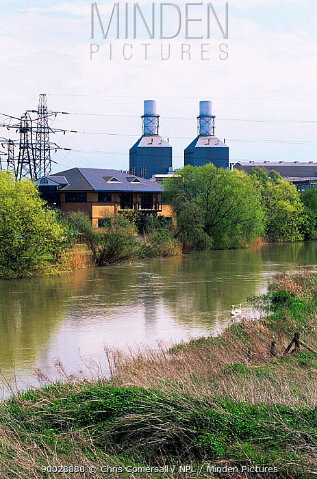 Gas fired power station by River Ouse, Little Barford, Cambridgeshire, UK  -  Chris Gomersall/ npl