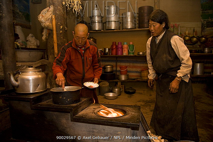 People preparing a sacrificial fire in Dargye, Sichuan, Tibet, Kham, China  -  Dr. Axel Gebauer/ npl