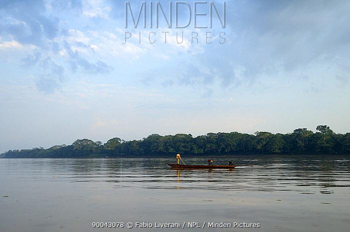 Boat on the Tambopata river, Tambopata National reserve, Amazonia, Peru  -  Fabio Liverani/ npl