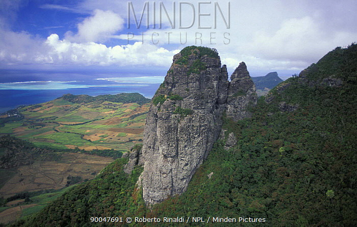 Aerial view towards Grand Port and Lion Mountain, south east coast, Mauritius  -  Roberto Rinaldi/ npl