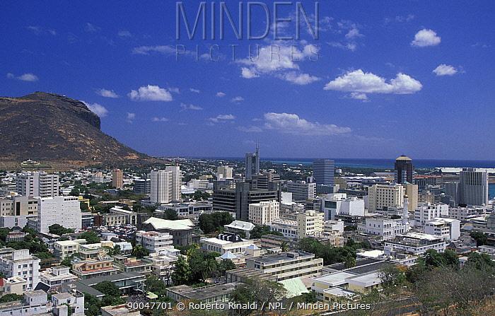 Port Louise, capital of Mauritius  -  Roberto Rinaldi/ npl