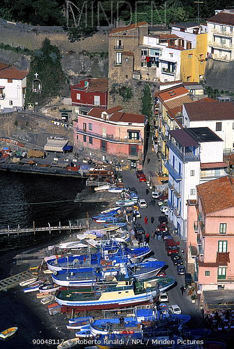 Small fishing harbour on the outskirts of Sorrento, Italy  -  Roberto Rinaldi/ npl