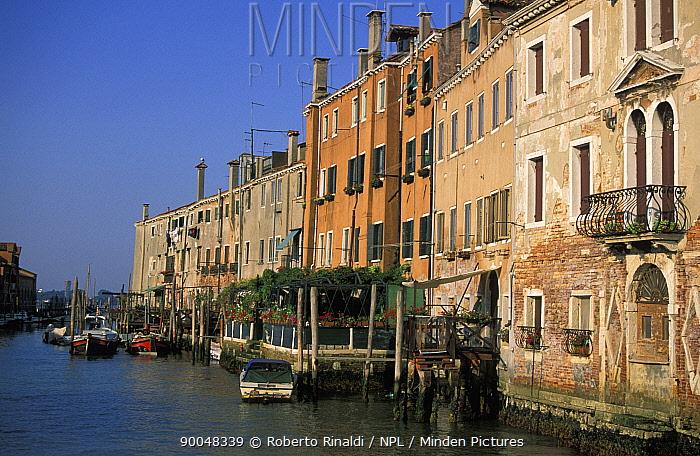 Boats in canal on Giudecca Island, Venice, Italy  -  Roberto Rinaldi/ npl