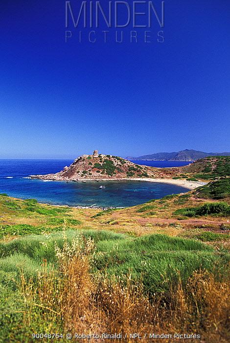 Torre del Porticciolo (Spanish guard tower) near Alghero, Sardinia, Italy  -  Roberto Rinaldi/ npl