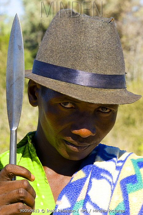 Man with spear from the Antandroy tribe, near Ampanihy, South Madagascar  -  Inaki Relanzon/ npl
