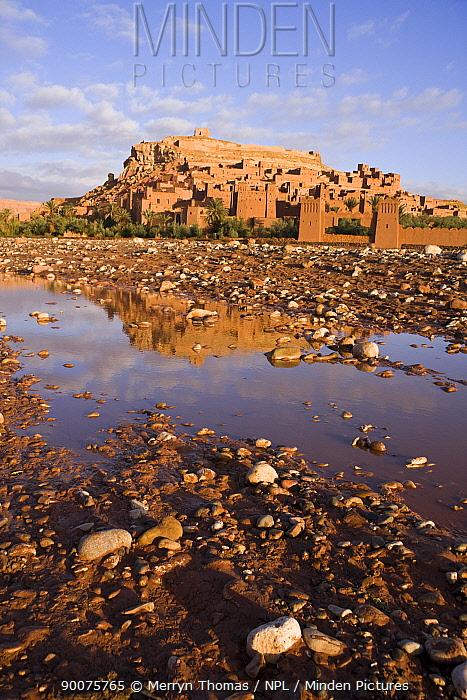 A?t Benhaddou Kasbah UNESCO site, Morocco November 2008  -  Merryn Thomas/ npl