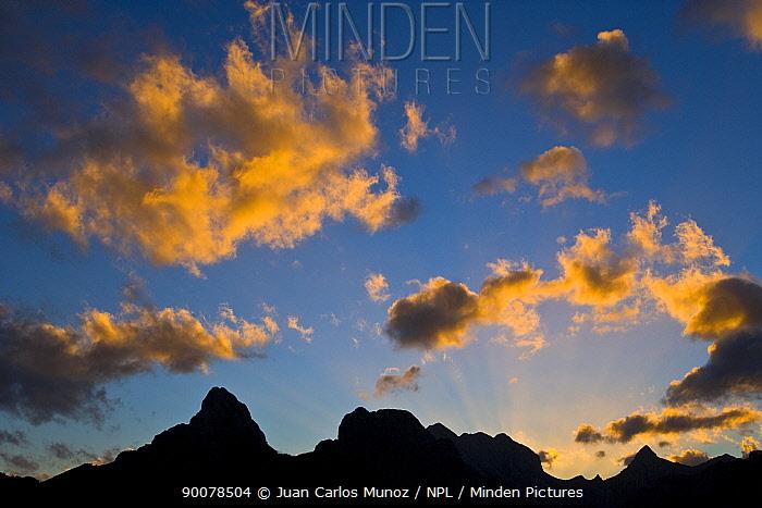 Gilbo mountain at sunrise, Picos de Europa NP, Riano, Leon, Northern Spain October 2006  -  Juan Carlos Munoz/ npl