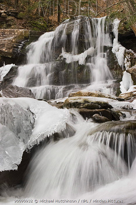 Bastion Falls, partly frozen, Catskill State Park, New York State, USA  -  Michael Hutchinson/ npl