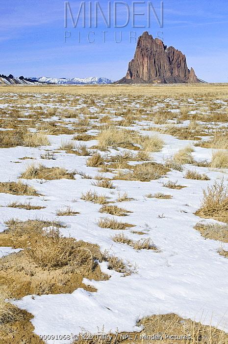 Snowfall at Shiprock, near Farmington, Bisti Badlands, New Mexico, USA, February 2009  -  Rob Tilley/ npl