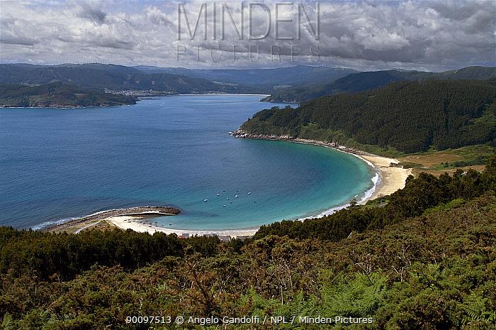 Playa de Bares beach, in a ria typical of the Galician coastline Galicia, Spain, July 2008  -  Angelo Gandolfi/ npl