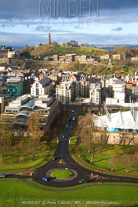 View over Scottish Parliament, Dynamic Earth and Edinburgh city centre from Salisbury Crags, Carlton Hill in the background, Edinburgh, Scotland, UK, November 2008  -  Pete Cairns/ npl