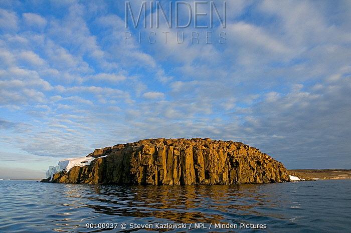 Rock island along the coast of Svalbard, Norway, August 2009, August 2009  -  Steven Kazlowski/ npl