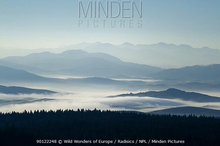 Morning mist over the Durmitor Plateau from Curevac peak, Durmitor NP, Montenegro, October 2008  -  WWE/ Radisics/ npl