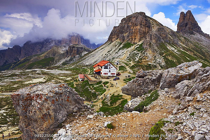 Tre Cime di Lavaredo mountain hut, Sexten Dolomites, South Tyrol, Italy, Europe, July 2009  -  WWE/ Krahmer/ npl