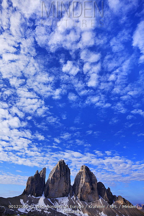 Tre Cime di Lavaredo mountains with clouds in the sky, Sexten Dolomites, South Tyrol, Italy, Europe, July 2009  -  WWE/ Krahmer/ npl