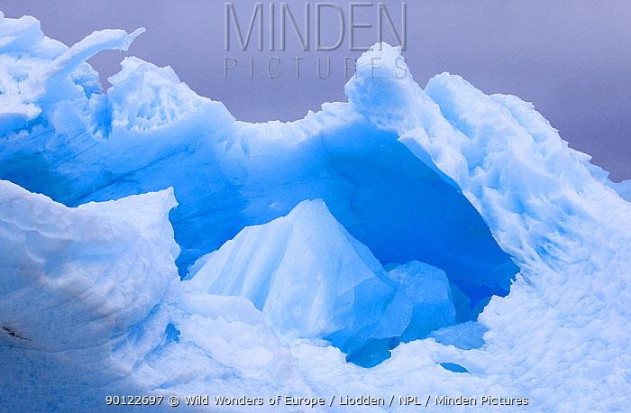 Ice formations, Spitsbergen, Svalbard, Norway, June 2009  -  WWE/ Liodden/ npl