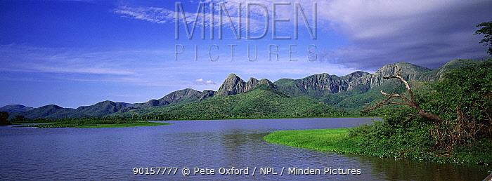 Amolar mountain range and Lake Pantanal World Heritage Site, Brazil  -  Pete Oxford/ npl