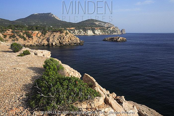 Coastal view along South coast of Ibiza, Balearic Islands, Spain  -  Juan Manuel Borrero/ npl