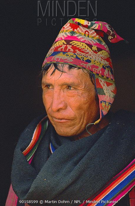 Quechua man portrait, Andes, Bolivia  -  Martin Dohrn/ npl