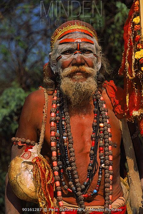Sadhu holy man with human skull Agra, India  -  Pete Oxford/ npl
