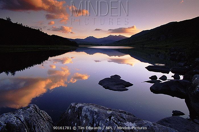 Lake Mymbyr in Snowdonia NP Gwynedd, Wales Views to the Snowdon Horseshoe  -  Tim Edwards/ npl