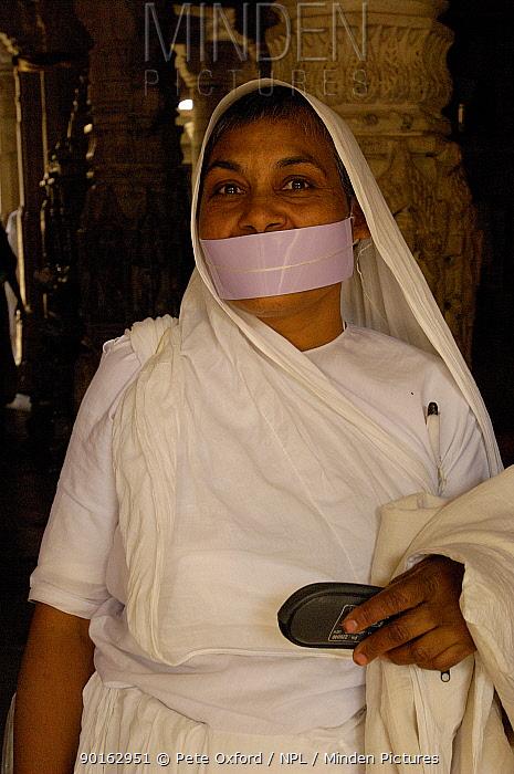 Nun in Jain Temple, 15th century Adinatha Temple at Ranakpur, Rajasthan, India 2006  -  Pete Oxford/ npl