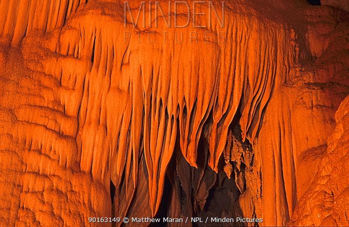 Limestone formations in cave, Gunung Mulu National Park, Sarawak, Malaysia  -  Matthew Maran/ npl