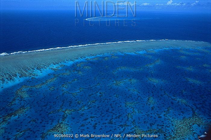 Aerial view of Great Barrier Reef, Queensland, Australia  -  Mark Brownlow/ npl