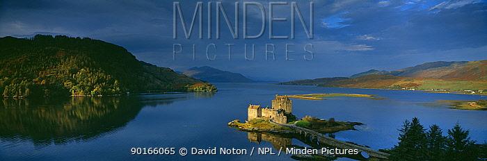 Dawn at Eilean Donan Castle, nr Dornie, Loch Alsh, Wester Ross, Western Highlands, Scotland, UK  -  David Noton/ npl