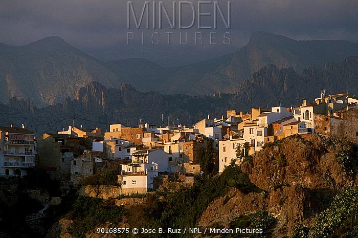 Hilltop village Finestrat, Alicante, Spain  -  Jose B. Ruiz/ npl