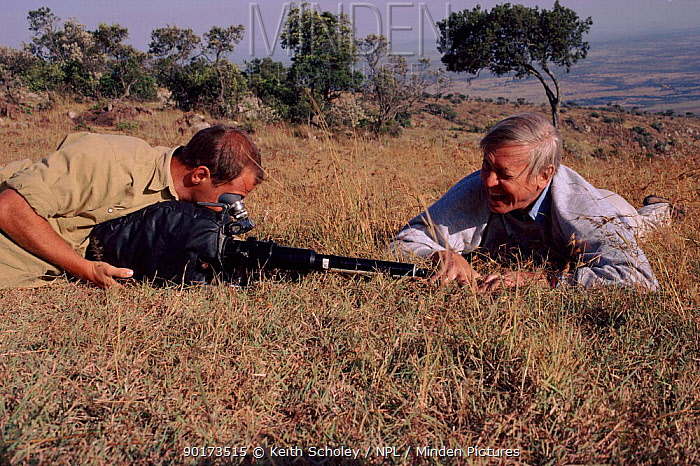David Attenborough with Gavin Thurston filming grass in Kenya for 'Private Life of plants' 1993  -  Keith Scholey/ npl