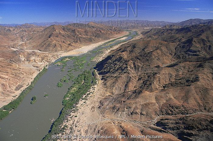Orange River, South Africa  -  Claudio Velasquez/ npl