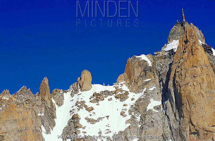 Aiguille du Midi peak Alps France  -  Eric Baccega/ npl